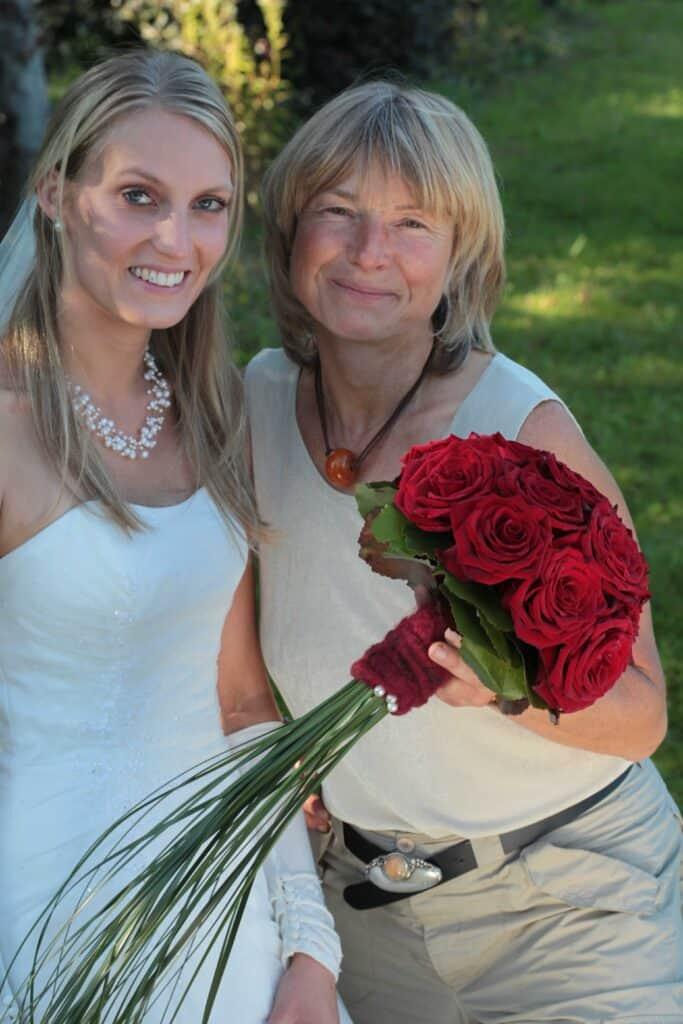 Braut und Floristin